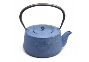 Blue cast iron teapot 0.6 L