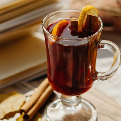 Recette : vin chaud au thé de Noël
