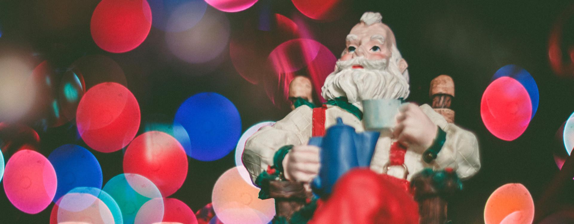 D'où vient le thé de Noël? Découvrez des recettes inédites et des idées cadeaux!
